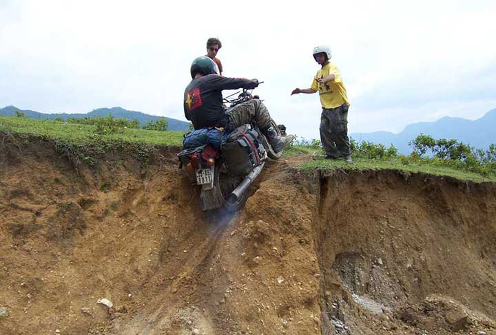 Motorcycle-tours-in-Vietnam
