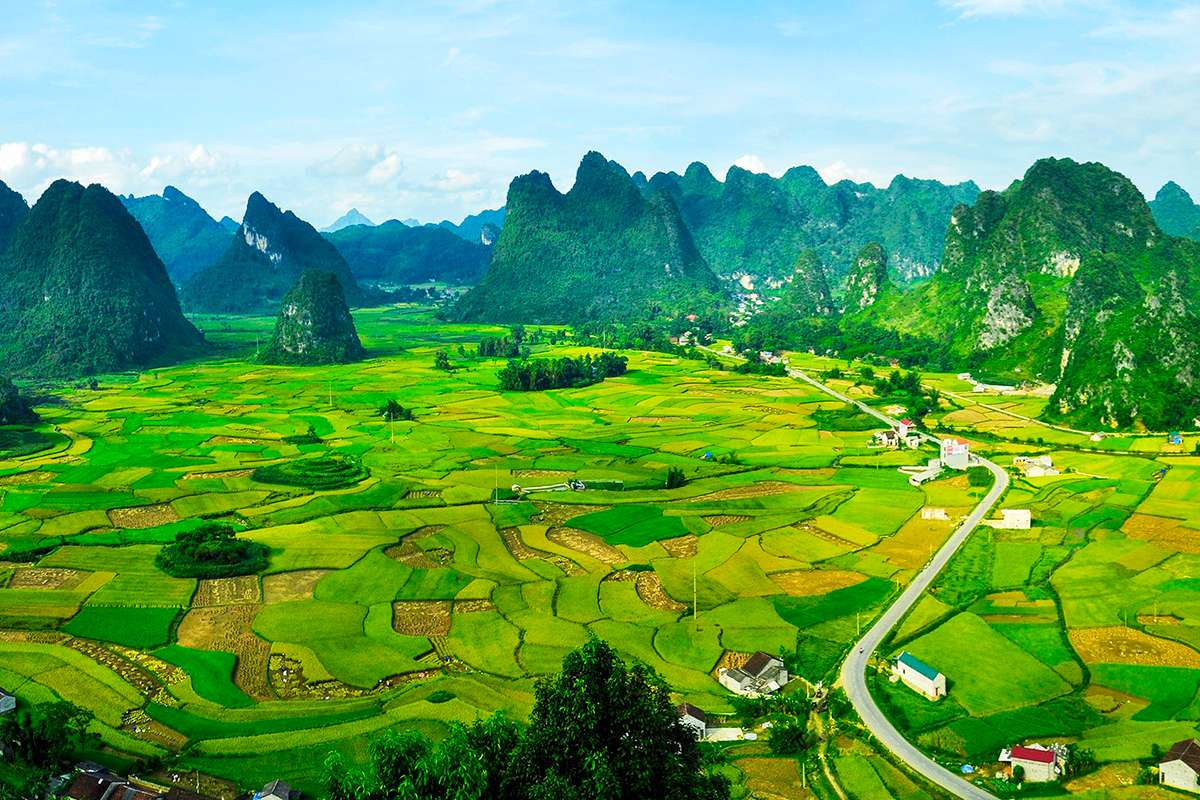 Cao Bang overview, a viewpoint belong the way to Trung Khanh