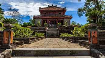 Discover the ancient cities of Hoi An & Hue 4 days 3 nights