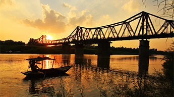 Hanoi - City Tour Full Day - F1 Racing 4 days 3 nights